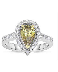 Striking White Gold Cognac Diamond Ring